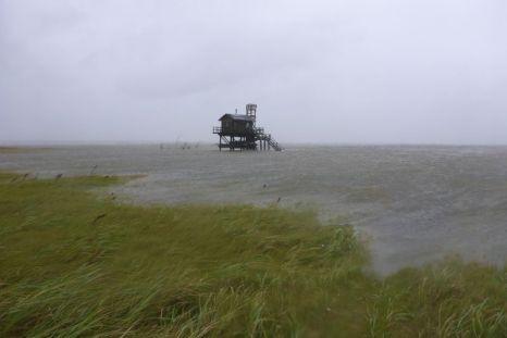 Hütte im Wasser, noch vor dem höchsten Wasserstand (Foto: Tore J. Mayland-Quellhorst).