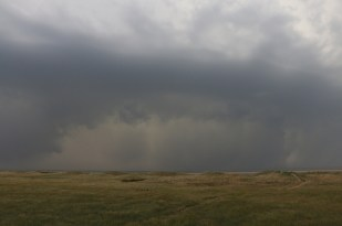 Heranrollende Regenfront (Foto: Jonas Kotlarz)