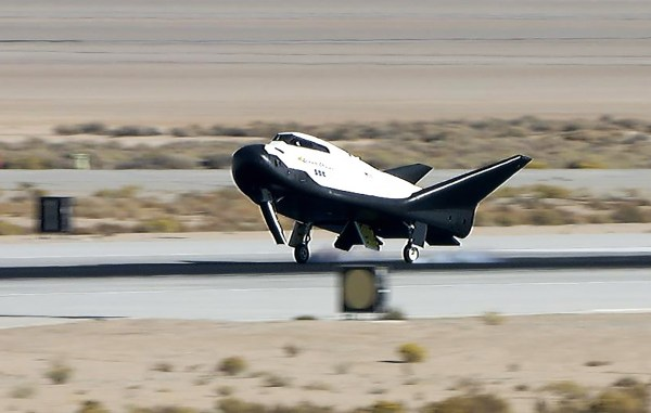 Free Flight Completes Crucial Milestone for Dream Chaser ...