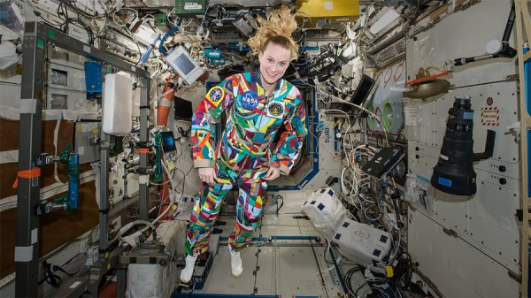 Astronauts Study Pill Properties and Laser Heating – Space ...