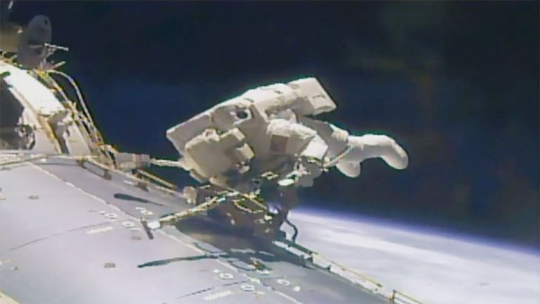 200th Station Spacewalk Comes to an End Space Station