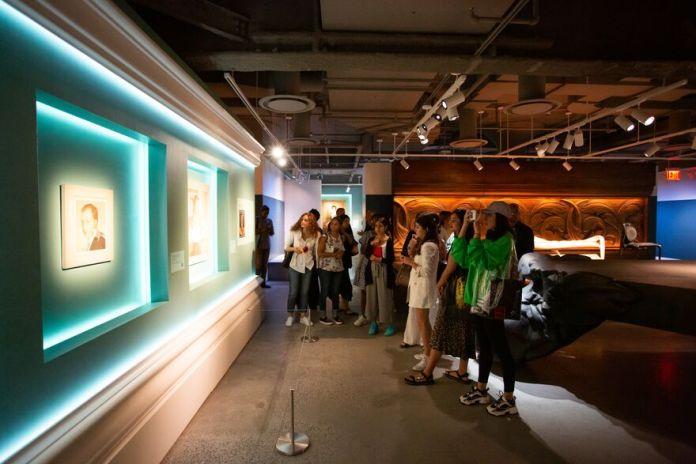 Fashion Management students visit Sotheby's