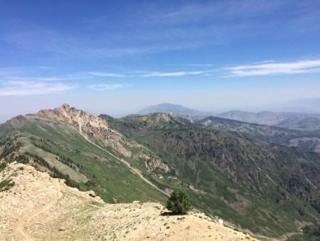 The ridgeline hike to the summit of Ben Lomond