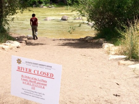 Animas River closed in Durango Colorado due to a toxic mine spill