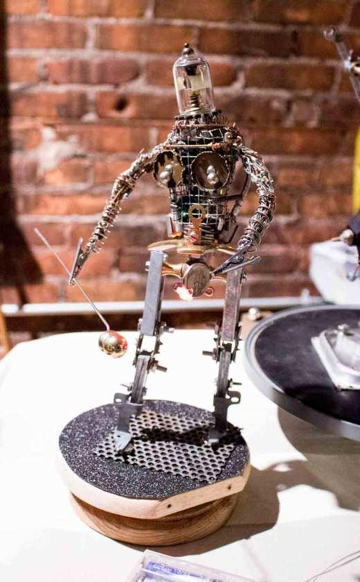 madscience-fair-sculpture2