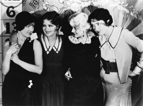 clara_bow_girls