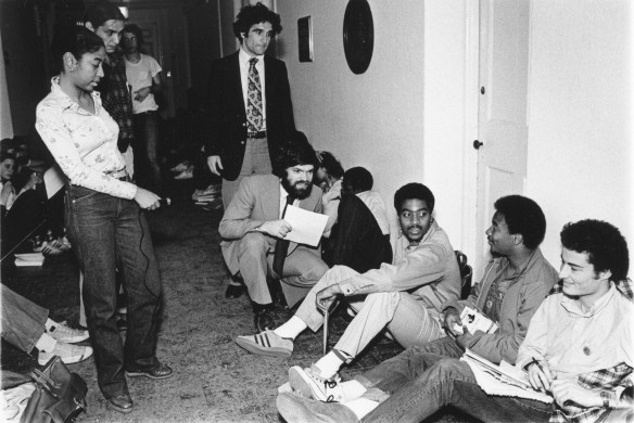 Brown_Nassau_Sit-In