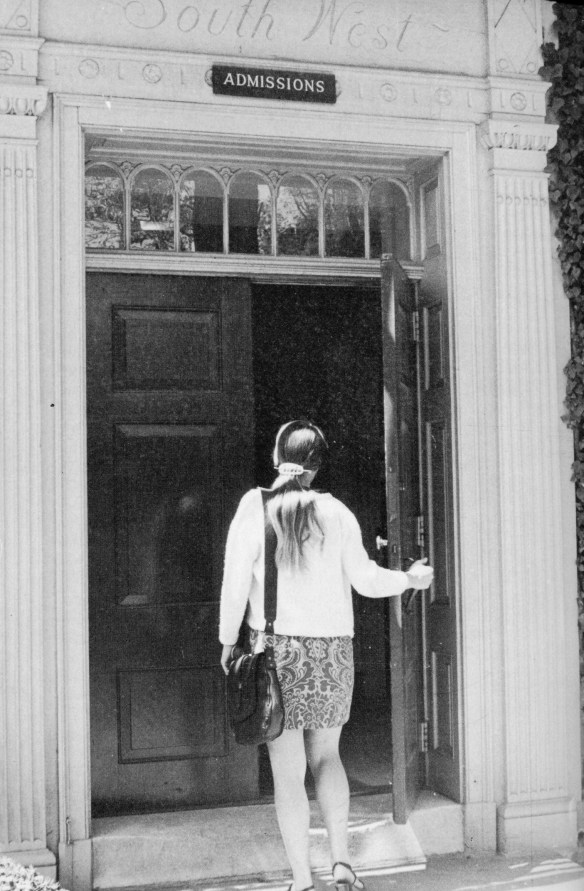 Female_student_entering_Admissions_office_1970_NH
