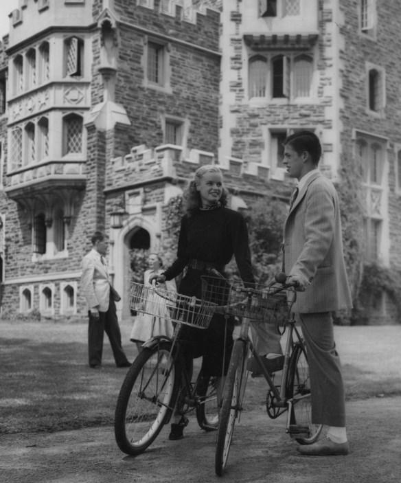 Couples_on_bikes_Patton_EC_1946_AC112_BoxMP154_Item_4237