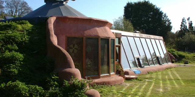 brigthon-earthship-blog-640x320