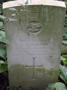 RAF headstone, Reading Old Cemetery. Photo: Peter Kruschwitz.