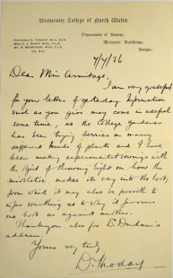 A letter from Professor Thoday of Bangor to Miss Armitage on the subject of mistletoe hosts.