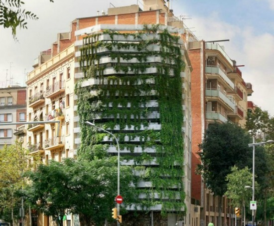 vertical garden in barcelona 50 Shades of Green | Innovation | Smithsonian