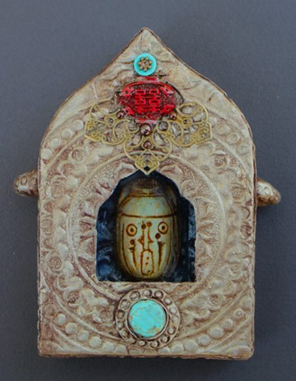Tibetan Gau or Prayer Box Ornament : KINDRED SPIRITS WORLD ART CLASSES                           With Cathy Dorris