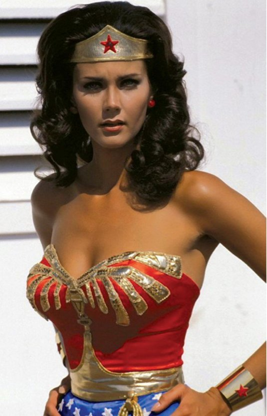 everyone-is-talking-about-the-new-wonder-woman-but-im-still-all-about-this-one-27-photos-8