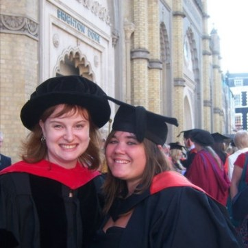 Jessica Horst and Lauren Lush (BSc Psychology, 2010) on graduation day
