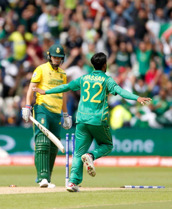 Pakistan: the ultimate swingers of world cricket