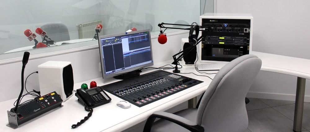 Estudio de Radio de Facultad de Comunicación UCJC - MediaLab