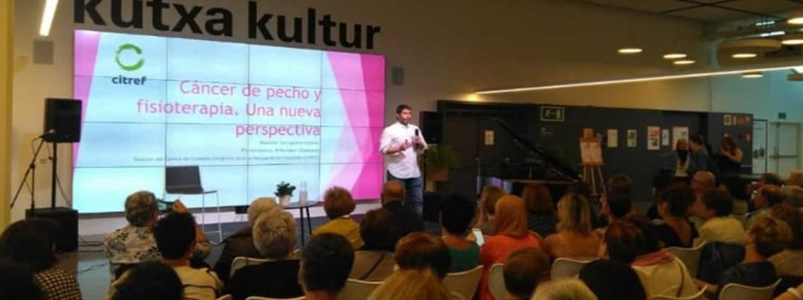 Iker Aguirre egresado de Fisioterapia de la UCJC