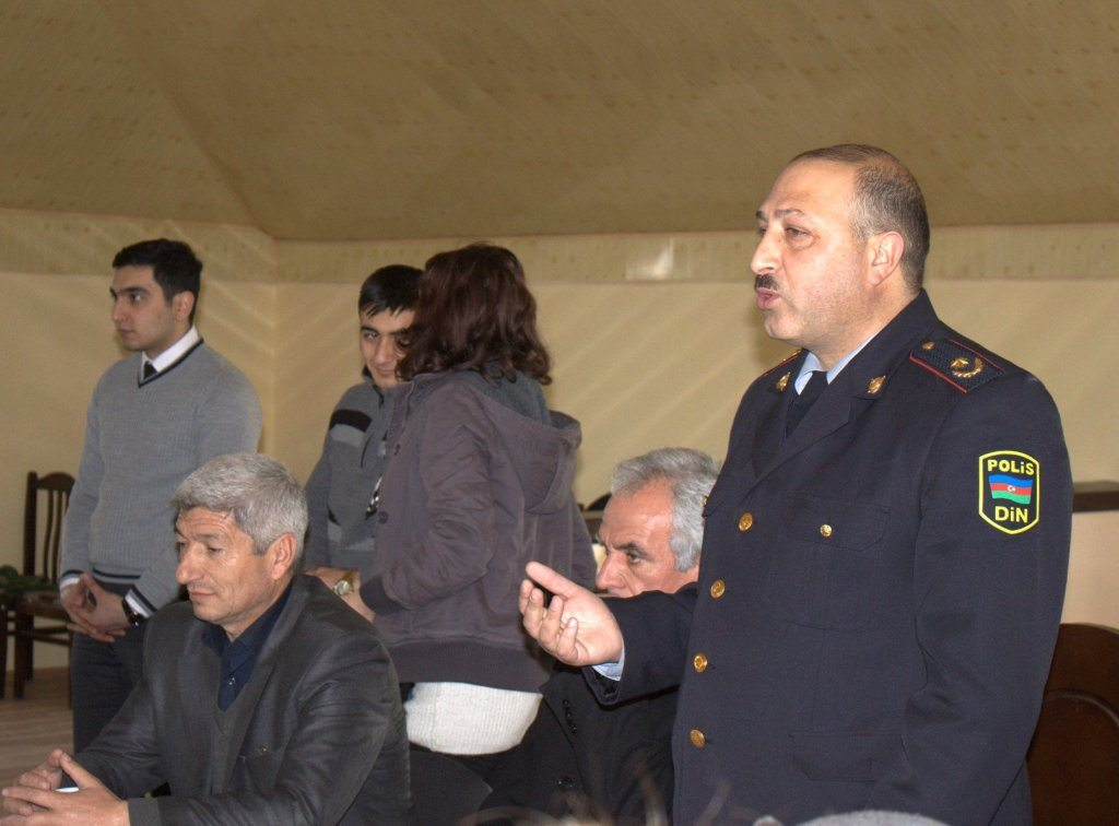 People from the Police Department, the medical and educational field as well as journalists contributed to the session.