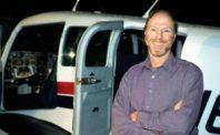 Dan Jaffe next to airplane, 2006