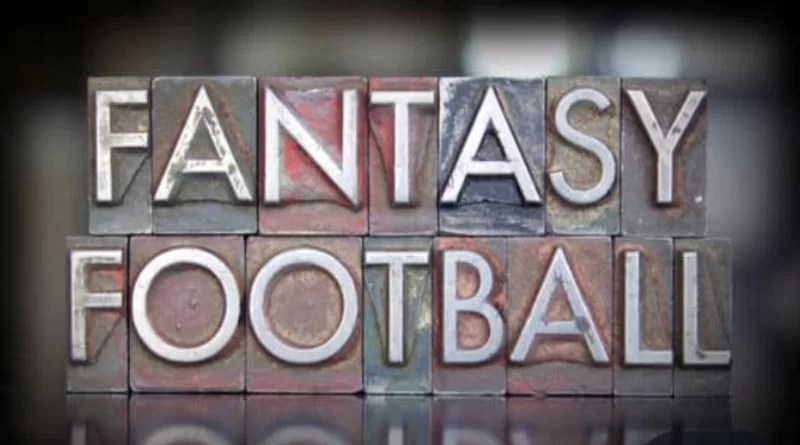 Benefits of Playing Fantasy Football in Online