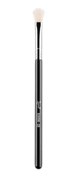 Sigma E24 Eye shadow brush