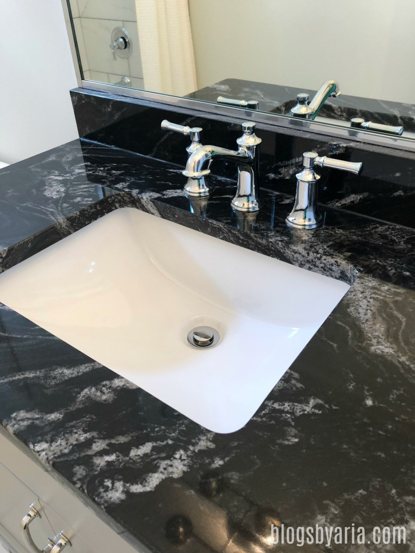 bathroom counters love this style hardware