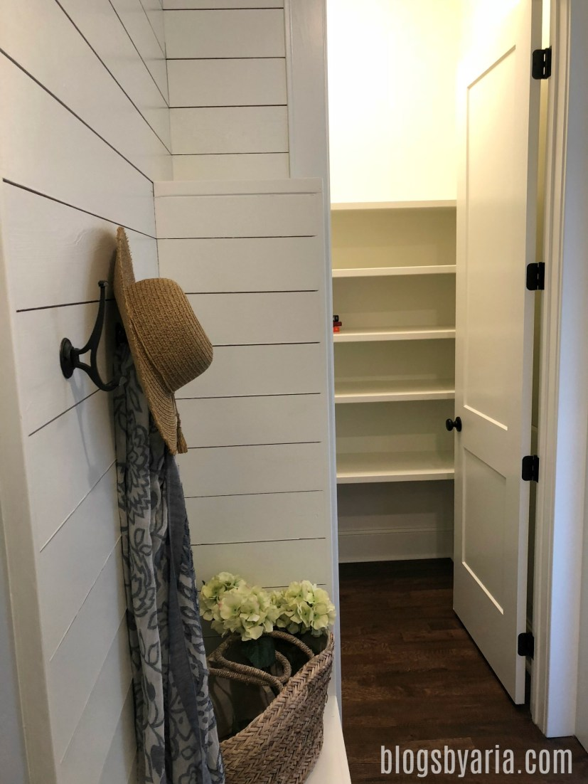 mud room area leads to walk-in pantry