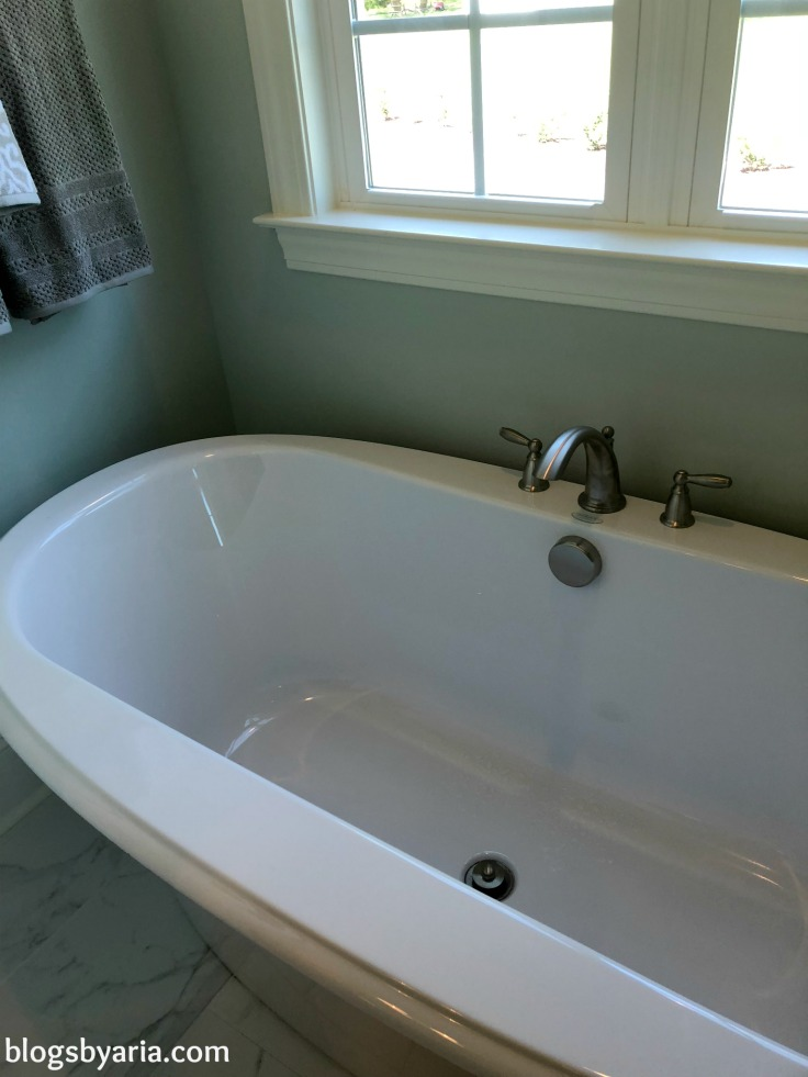 #bathtubgoals standalone bathtub