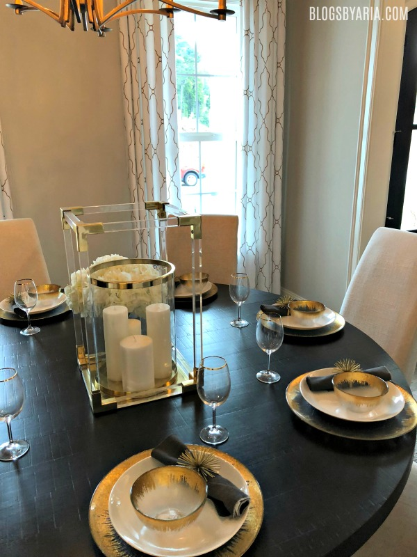 dining tablescape