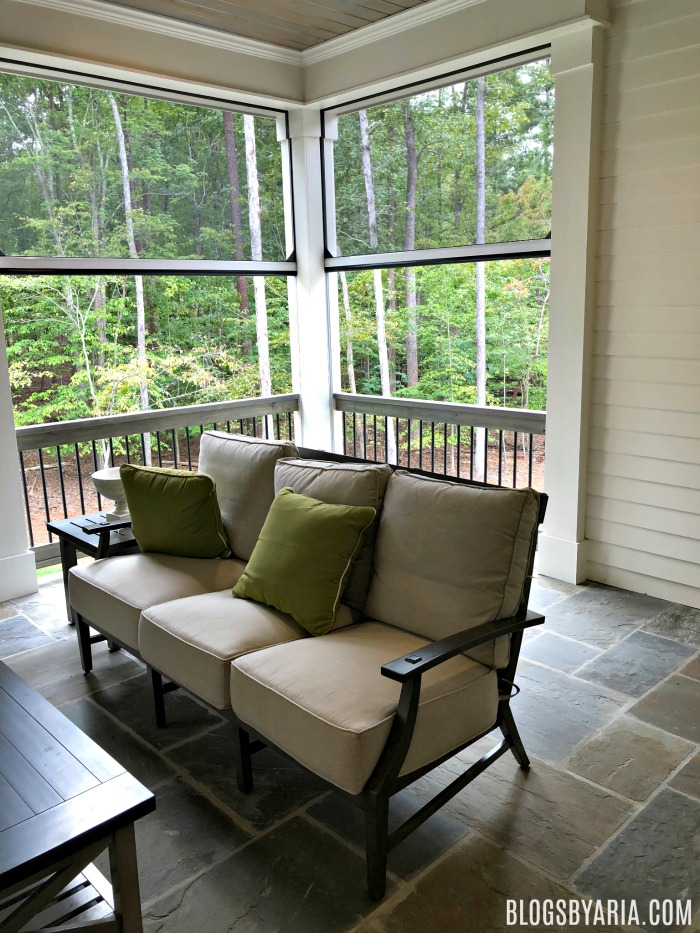 screened porch with retractable screens