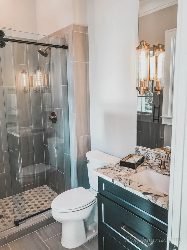 beautiful bathroom details