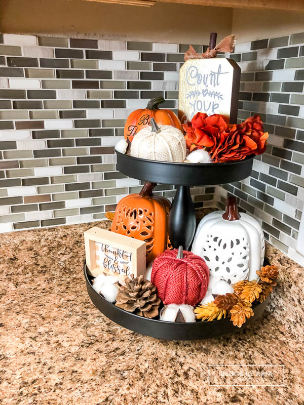 side view fall tiered tray
