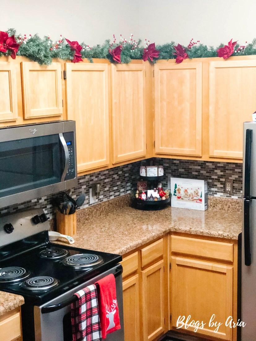 Christmas kitchen garland