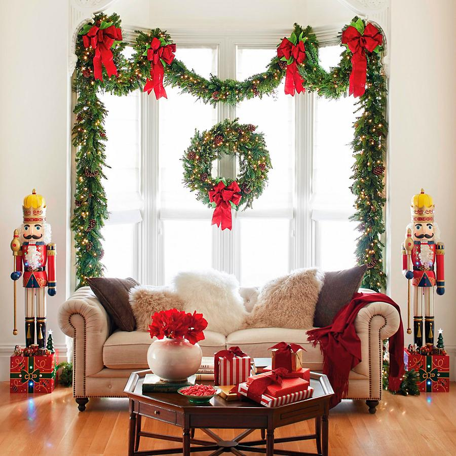 Nutcrackers and window garland