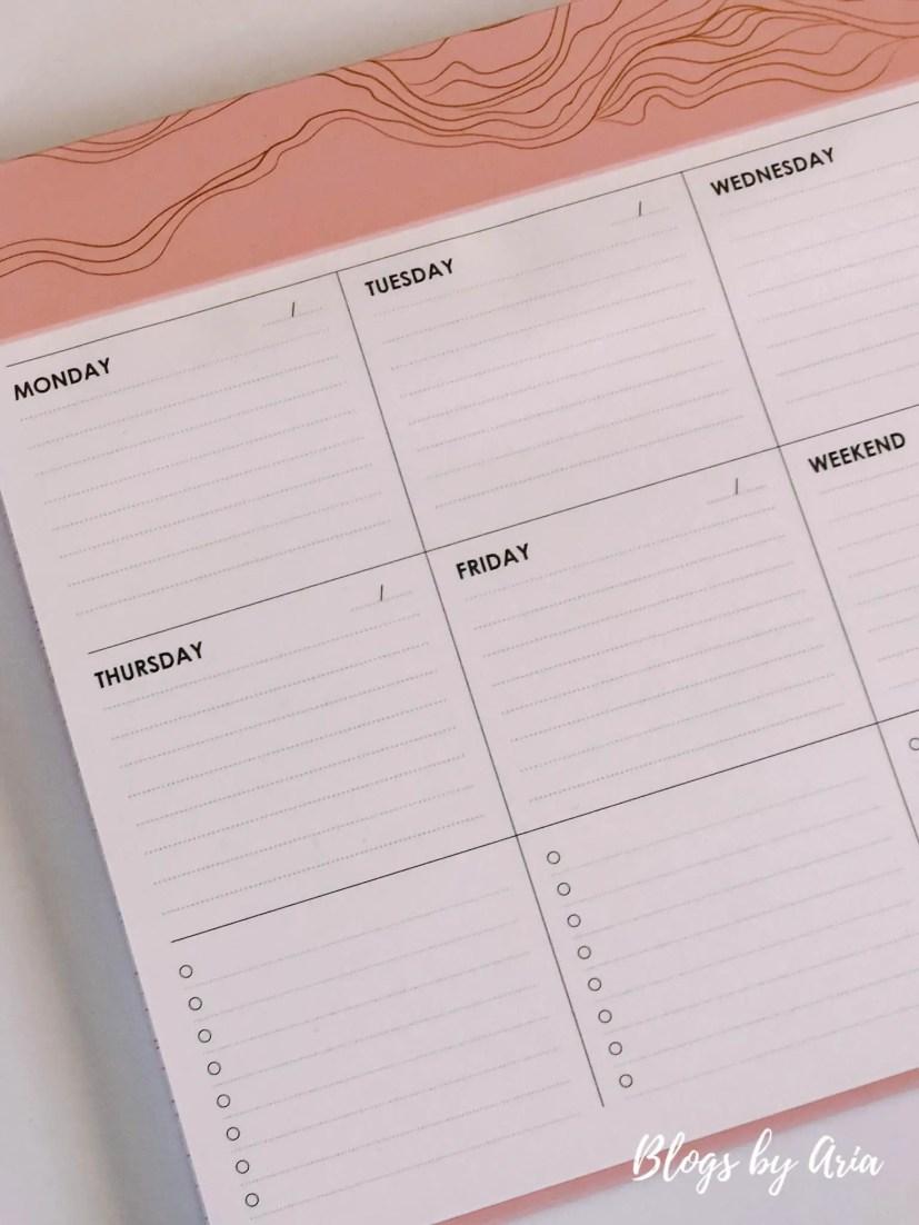 Metallic Layers Schedule Pad