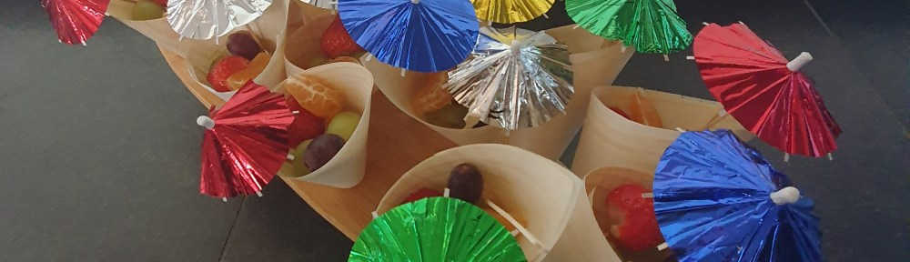 Traktatie fruit in bamboe zakjes
