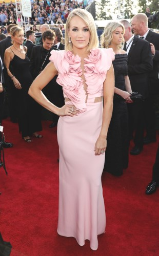 rs_634x1024-170108155724-634-carrie-underwood-golden-globes-jl-010917