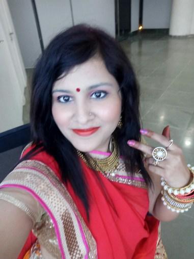 ethnic selfie