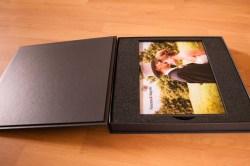 Lage Fotobuch in Geschenkbox