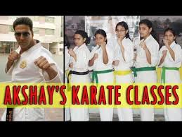 Akshay Kumar Birthday Special - Akshay Kumar teaching martial arts