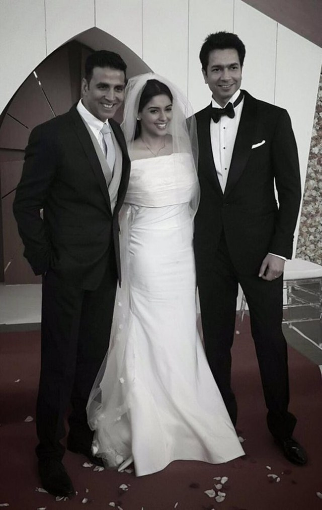 Akshay Kumar who played cupid between the two came to attend their wedding
