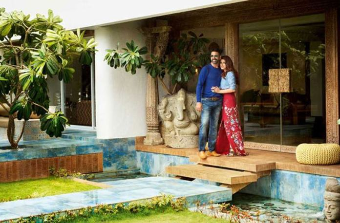 These pictures of Akshay Kumar's home prove that he likes to live lavishly!- 3