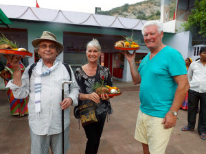 Programme Name: The Real Marigold Hotel - TX: n/a - Episode: The Real Marigold Hotel (No. n/a) - Picture Shows: with temple offerings Sylvester McCoy, Jan Leeming, Roy Walker - (C) Twofour - Photographer: -