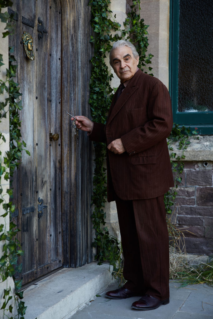 Doctor Who News Alert Knocking on the Doctor Who door, David Suchet takes up a guest cast role of the Landlord for an episode written by Mike Bartlett for series 10. The Landlord (DAVID SUCHET) - (C) BBC - Photographer: Simon Ridgway