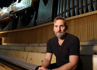 LONDON, ENGLAND - OCTOBER 04: Christopher Eccleston attends photocall for a Special live reading of HG Wells 'The Time Machine' at the 10th London Literature Festival at the Royal Festival Hall on October 4, 2016 in London, England. (Photo by Mike Marsland/Mike Marsland/WireImage)