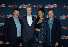 NEW YORK, NY - OCTOBER 07: Producer Steven Moffat, Peter Capaldi, Pearl Mackie and Producer Brian Minchin attend the Doctor Who panel during the 2016 New York Comic Con - day 2 on October 7, 2016 in New York City. (Photo by John Lamparski/Getty Images)