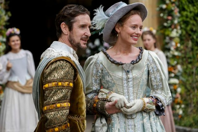 St Pierre (PAUL MCGANN) and Pauline (LAURA HADDOCK) - The Musketeers Series 3 Episode 4 The Queen's Diamonds (c) BBC