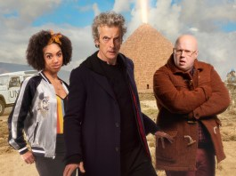 Doctor Who -The Pyramid At The end Of The World (No. 7) - Picture Shows: Bill (PEARL MACKIE), The Doctor (PETER CAPALDI), Nardole (MATT LUCAS) - (C) BBC/BBC Worldwide - Photographer: Simon Ridgway/Des Willie/Ray Burmiston